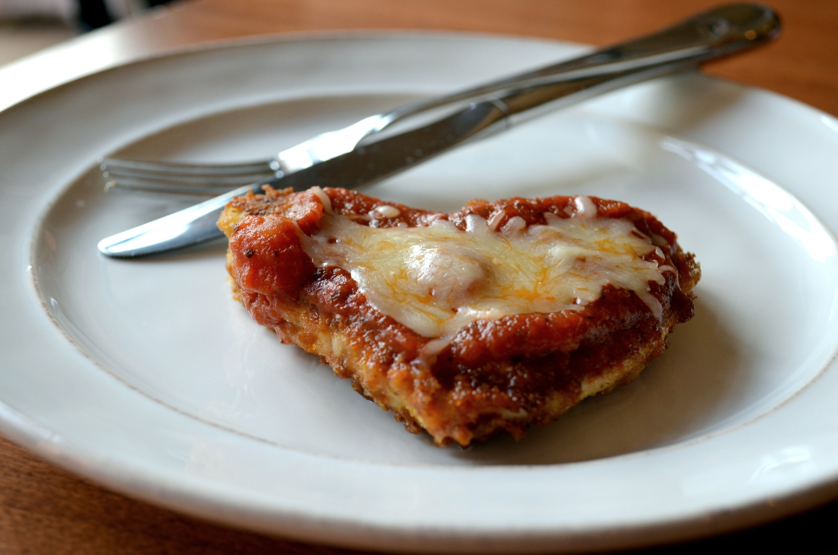 Skinny Baked Chicken Parmesan - Domestic Superhero